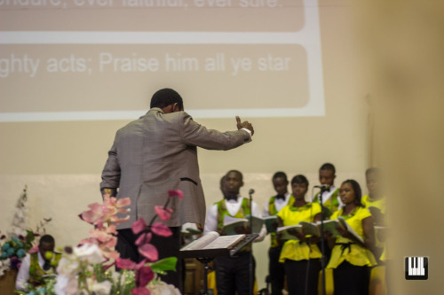Laudateur Christus Premier On Sunday 30th August 2015, Alfred Patrick Addaquay made history when he premiered Laudateur Christus, the first oratorio written and publicly performed by a Ghanaian composer. The event was held at the Covenant Family Community Church at Cantoments, Accra.